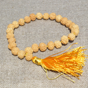 Bracelet from white rudraksha , 27 beads